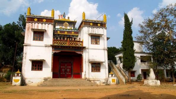 Джииранг, старые постройки монастыря Rigon Thupten Mindrolling (c)inditrip.net