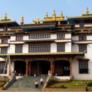 Чандрагири. Монастырь Рингон Тхуптен Миндралинг (c)inditrip.net