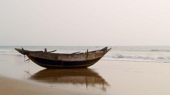 Пляж в Гопалпуре (c)inditrip.net