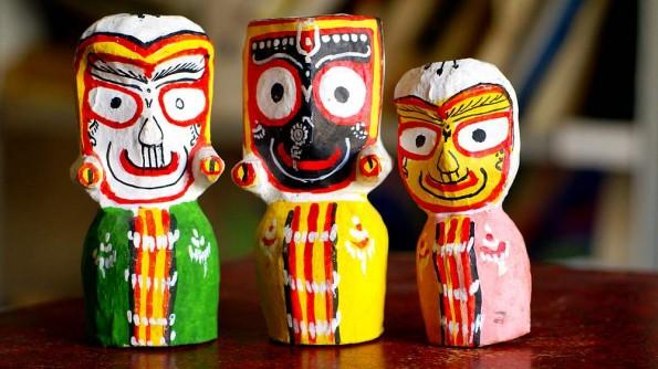 Джаганатх, Баладева и Субхарда с Ананда Базара в Пури. Орисса, Индия (c)inditrip.net