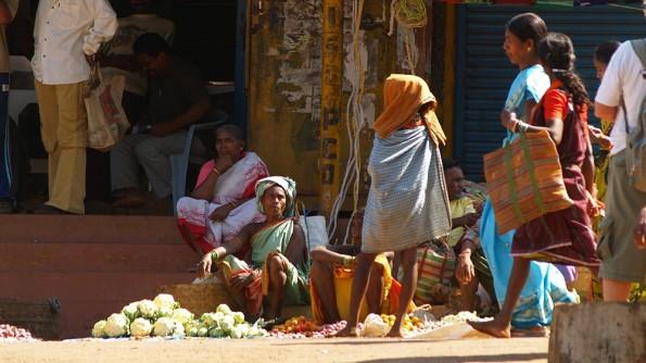 Еженедельный рынок в Кундулугуме (c)inditrip.net