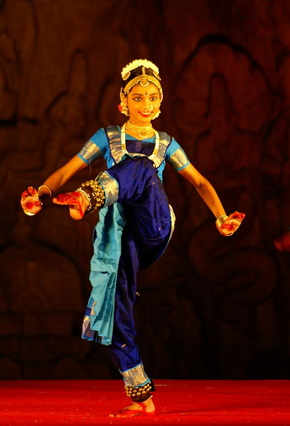 Фестиваль танцев в Махабалипураме. Тамил Наду, Индия (c)inditrip.net