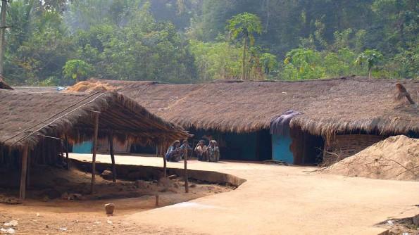 Индия, Орисса, деревня племени Саора (с)inditrip.net