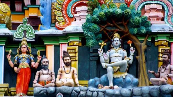 Detail of decoration Eastern Gopuram of Chidambaram Tebple (c)inditrip.net