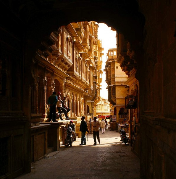 Old town of Jaisalmer. Haveli. Rajasthan. India. (c)inditrip.net