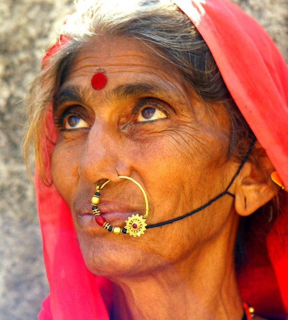 Bhil tribal lady. Udaipur. Rajasthan. India (c) inditrip.net
