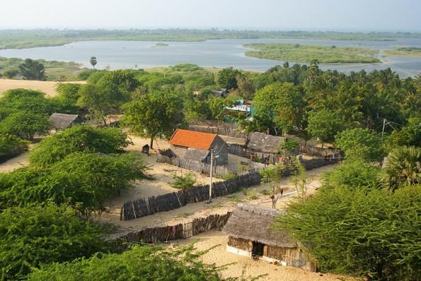 Rameswaram.  Ruf view from Gandamandana Parvatam.  (c) inditrip.net