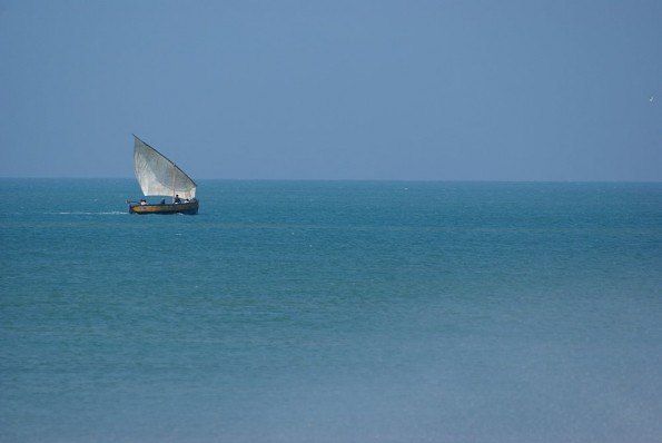 Fisher's boat in Dhanushkodi. (с) inditrip.net